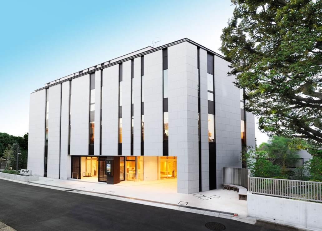 成勝寺 経堂ゆいの御廟のスタイリッシュな外観