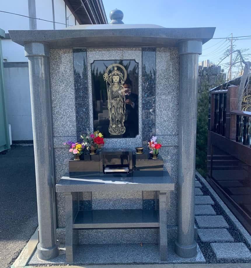 清勝院の合同供養墓「令徳廟」
