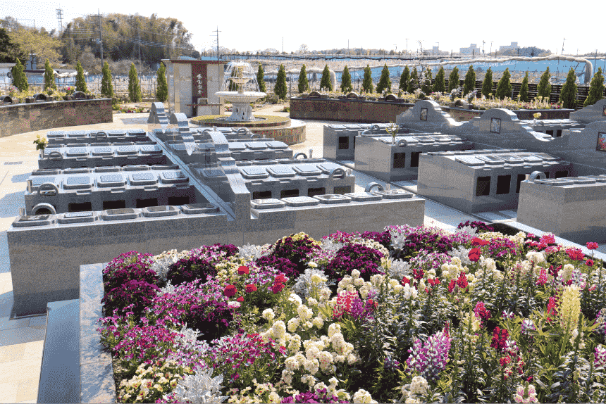 サニープレイス松戸の連棟式永代供養墓「風の区」