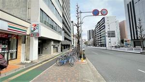 大須陵苑への道順・上前津駅出口を出た地上の風景