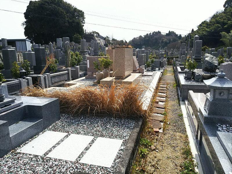 松山市営 梅津寺墓地