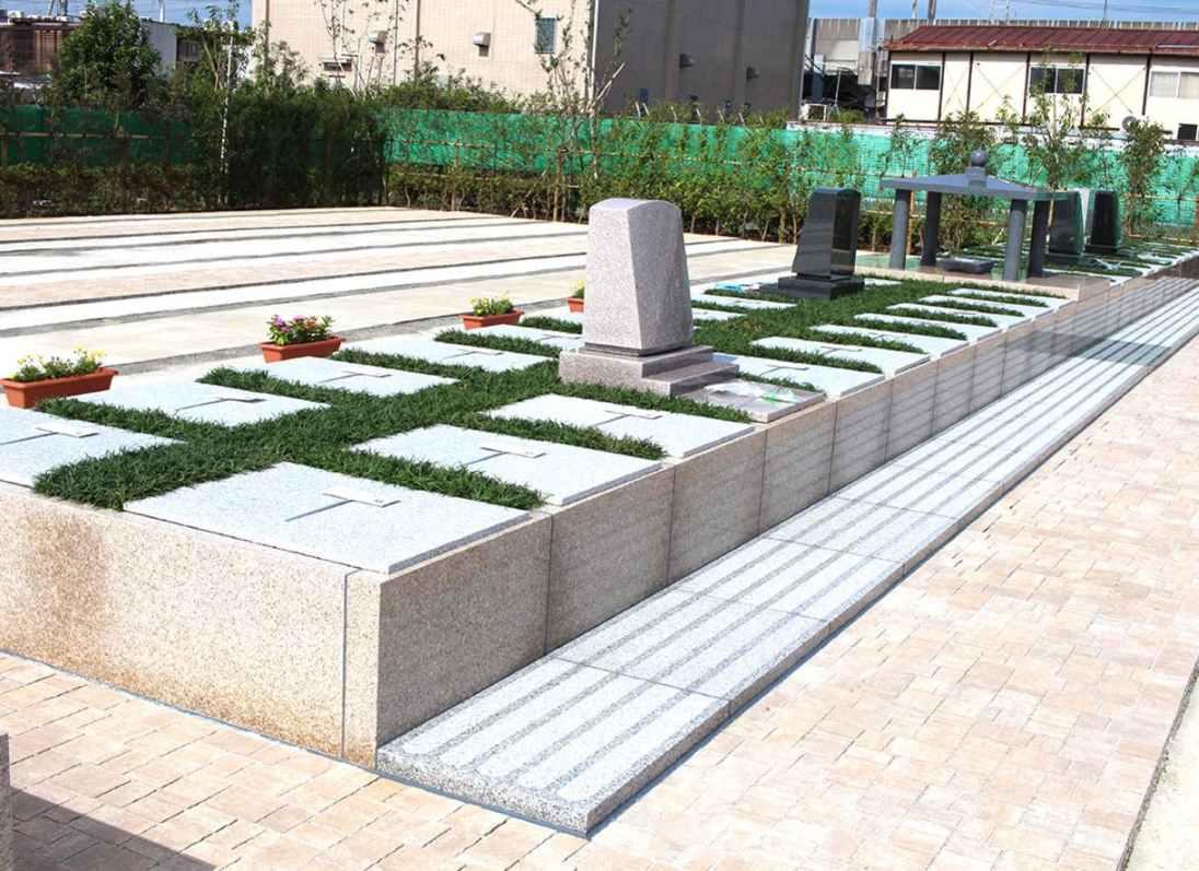 櫻乃里ふなばし聖地 墓石の左右・背面にゆとりある区画