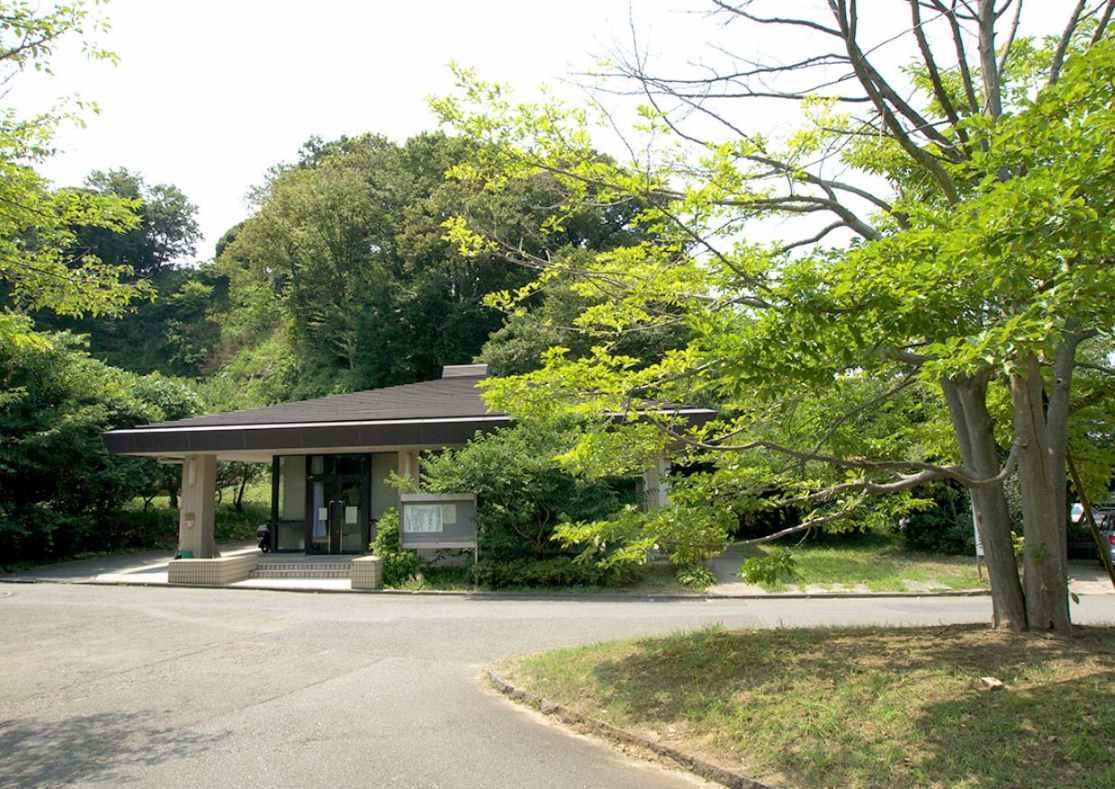 横浜市営 日野公園墓地 管理事務所
