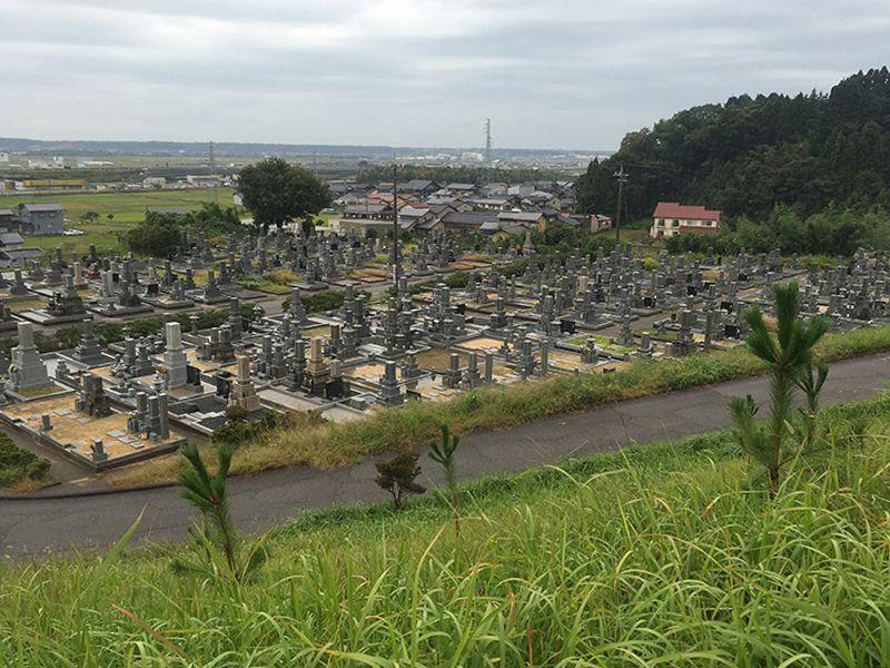 津幡町営 鷹の松墓地公園