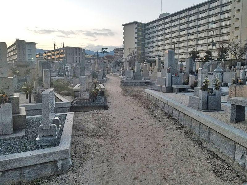 段上墓地(貝之介墓地)