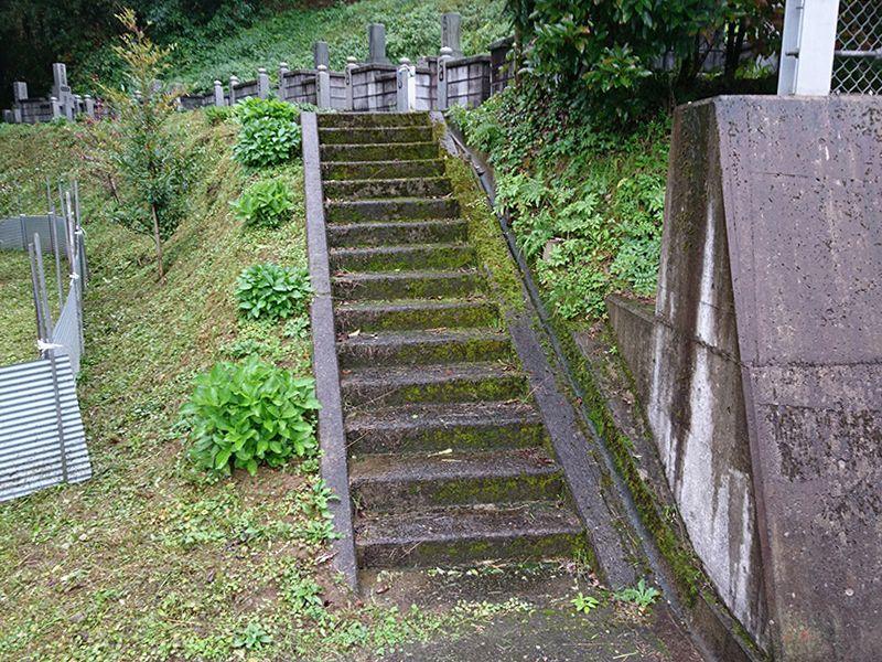 益田市営 梨の木墓地公園