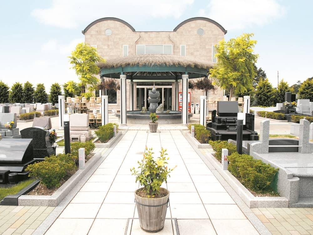湘南フォレスト 緑に包まれた公園墓地