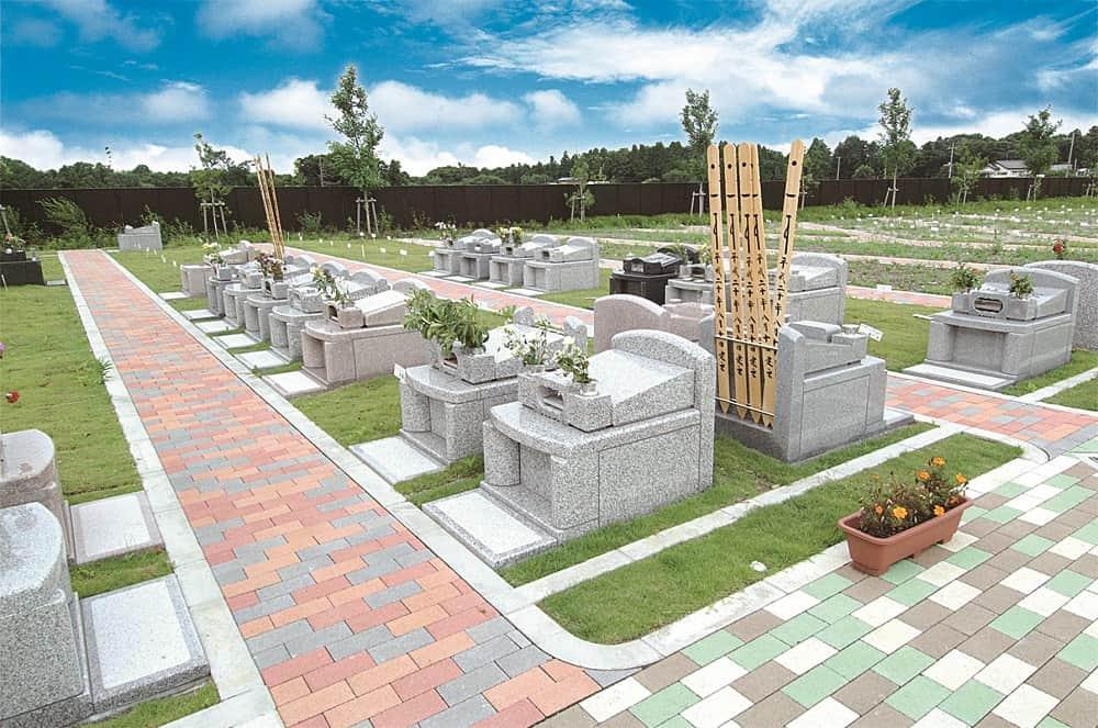 メモリアルフォレスト八千代 バリアフリー設計でどなたでも安心してお参りできる墓域