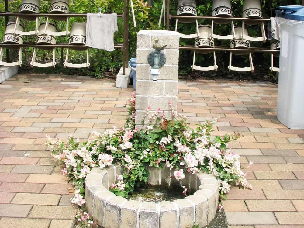公園墓地 彩の恵 水場