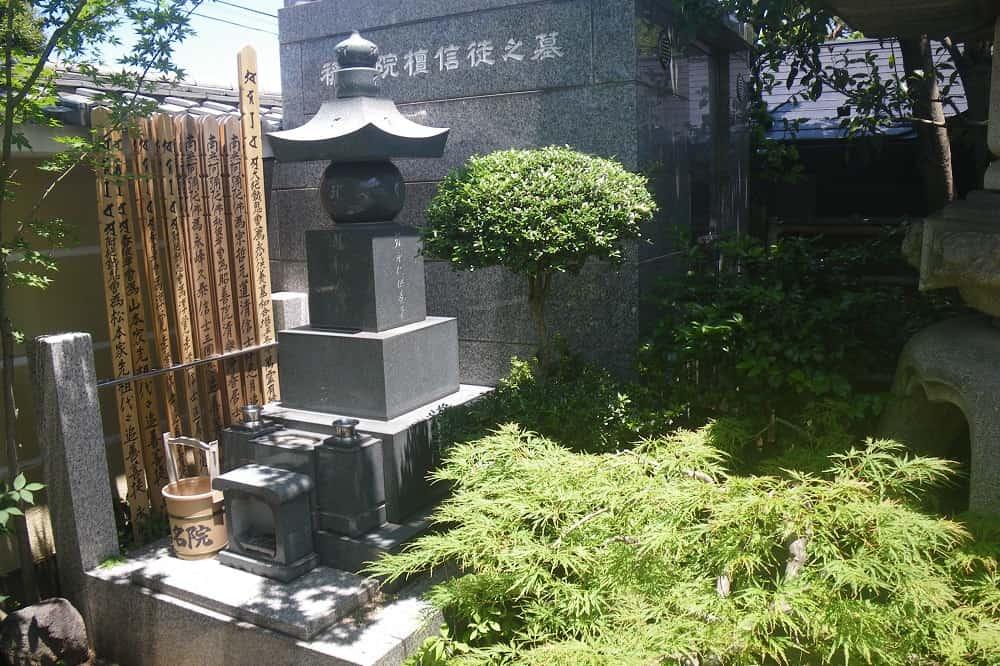 ねりま平和観音 緑に囲まれた檀信徒之墓