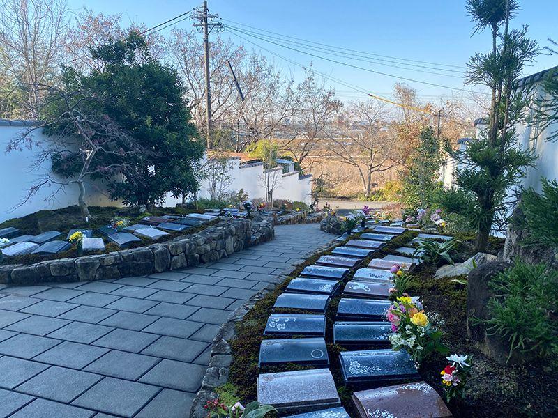 東山霊園 庭園墓 花楽苑 一般墓(緑空の小路)