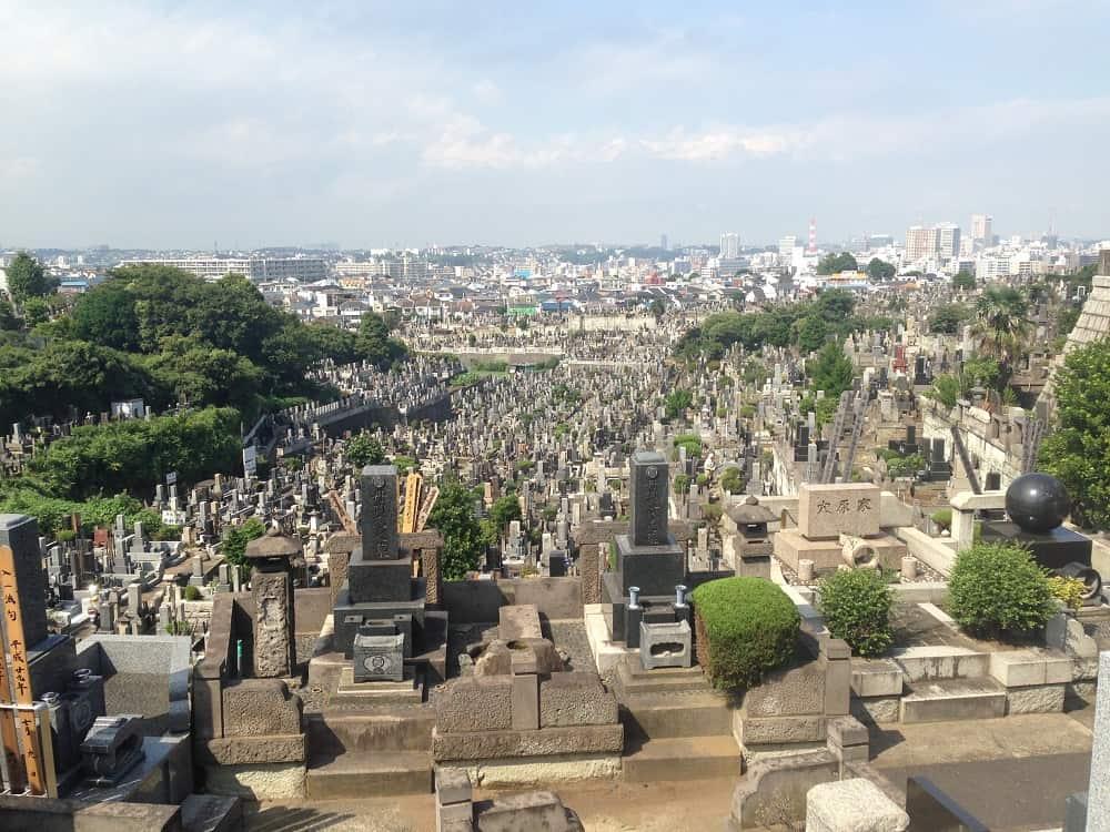 横浜市営 久保山墓地 解放感溢れる墓域