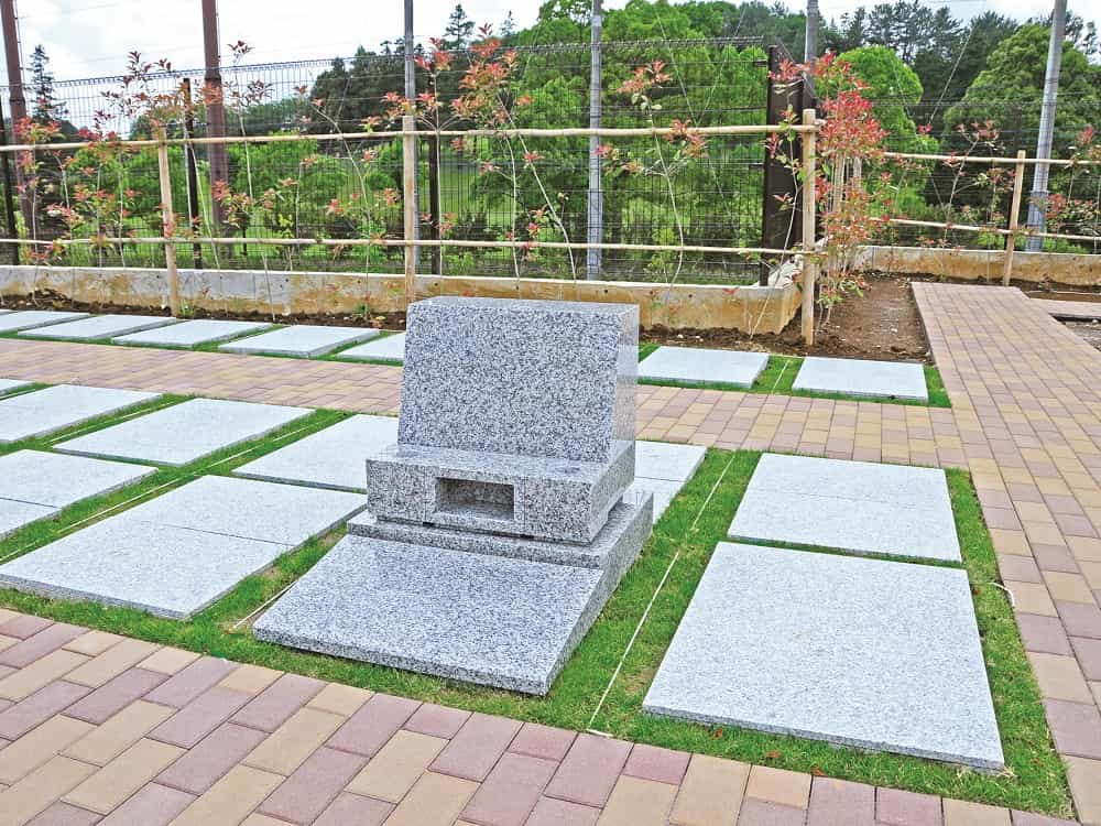 横浜メモリアル インターロッキング施工で車椅子でも安心してお参りできる墓域