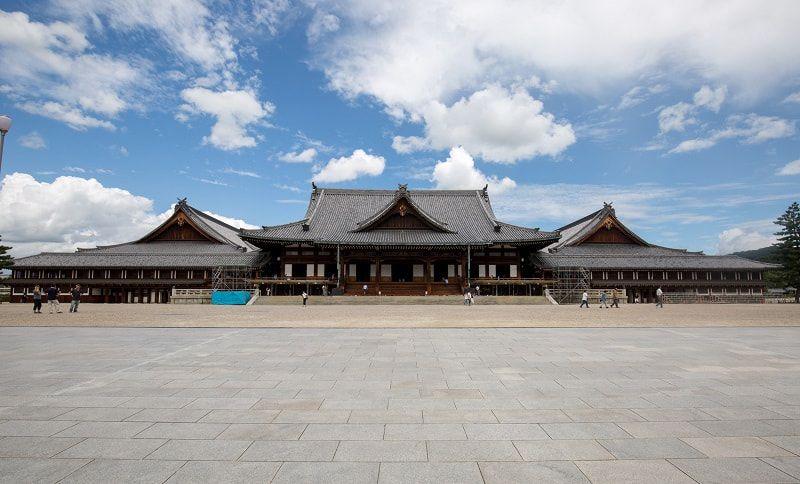 天理教は日本の新宗教。葬儀で抑えるポイントや特徴。