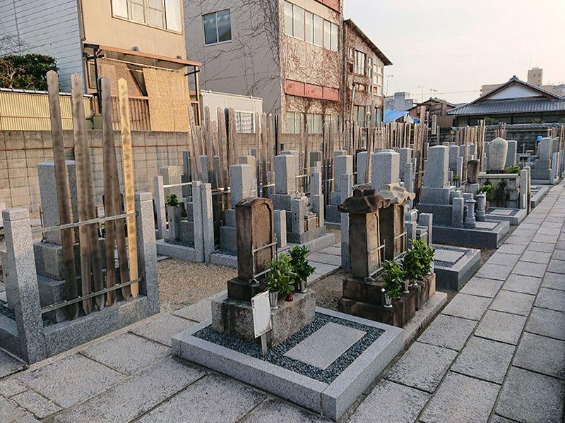 善想寺墓地