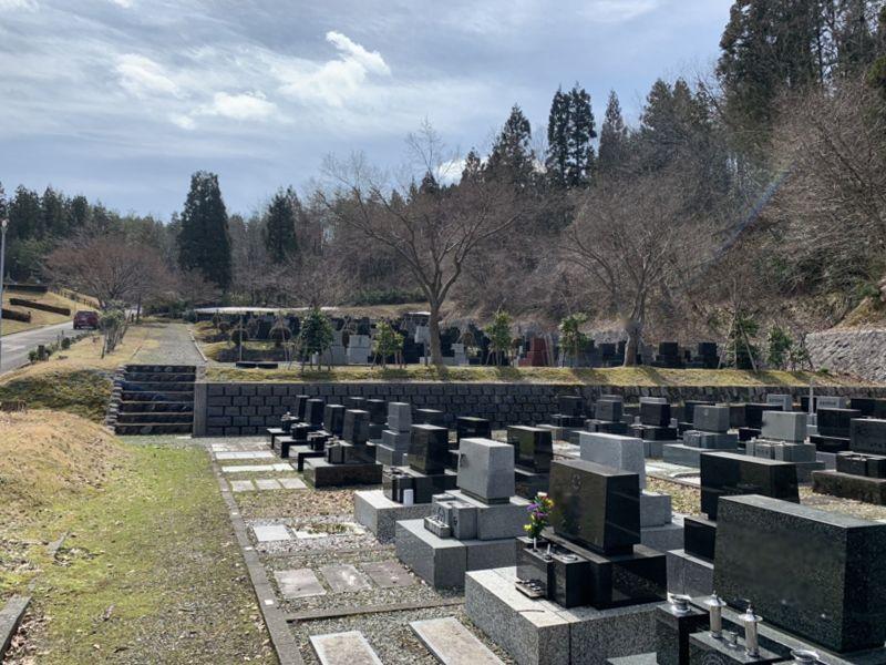 柏崎市墓園