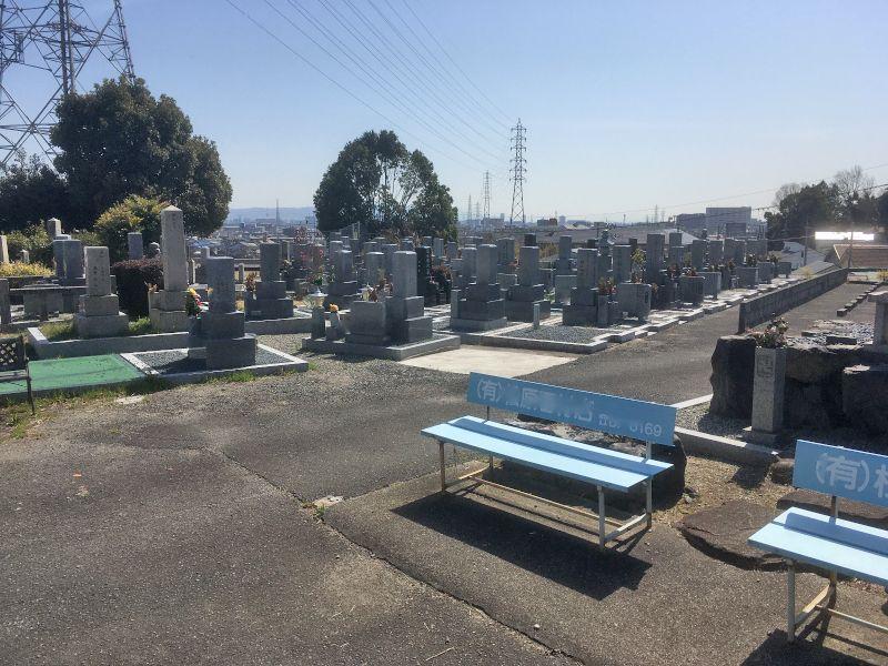 安満共同墓地