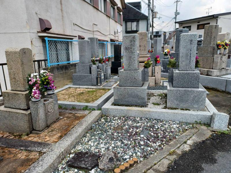 西諸福墓地