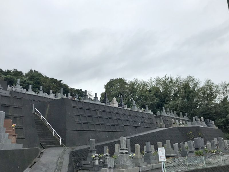 下松市営 御屋敷山墓地