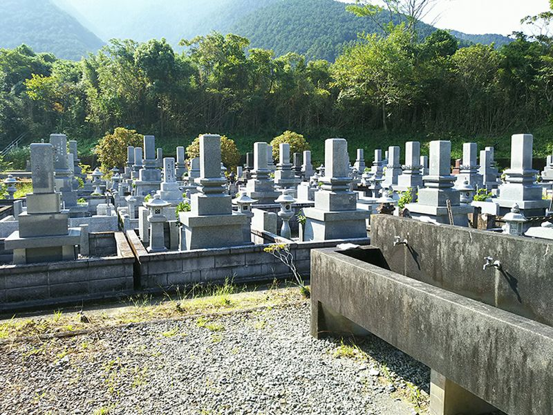 宿毛市立墓地公園