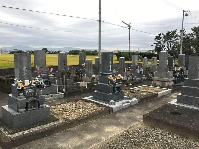 羽島市営 新井区墓地
