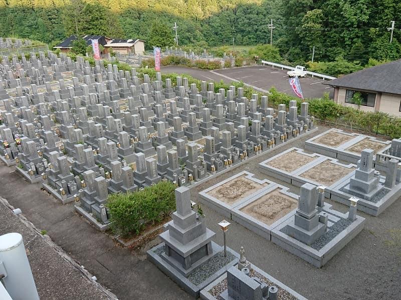 高槻霊園 整理された区画