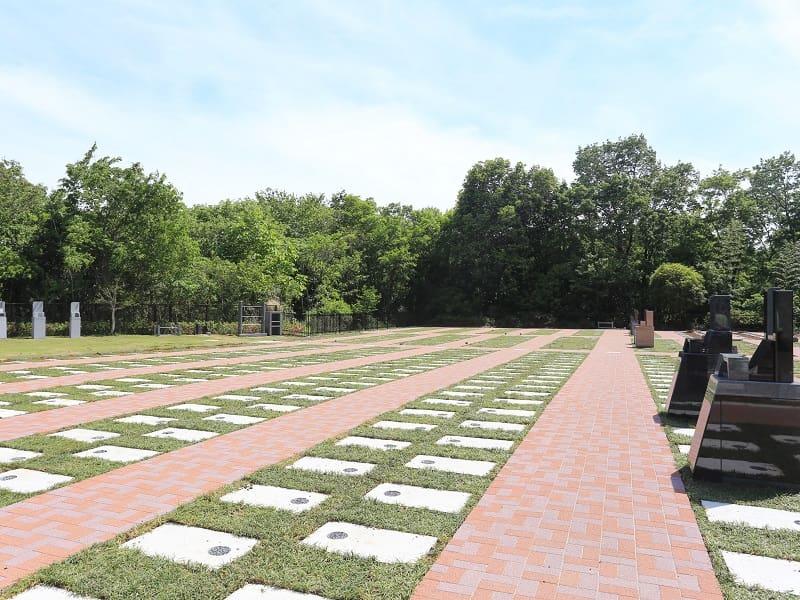 メモリアルパーク厚木ふるさとの丘 ゆとりのある建墓区画