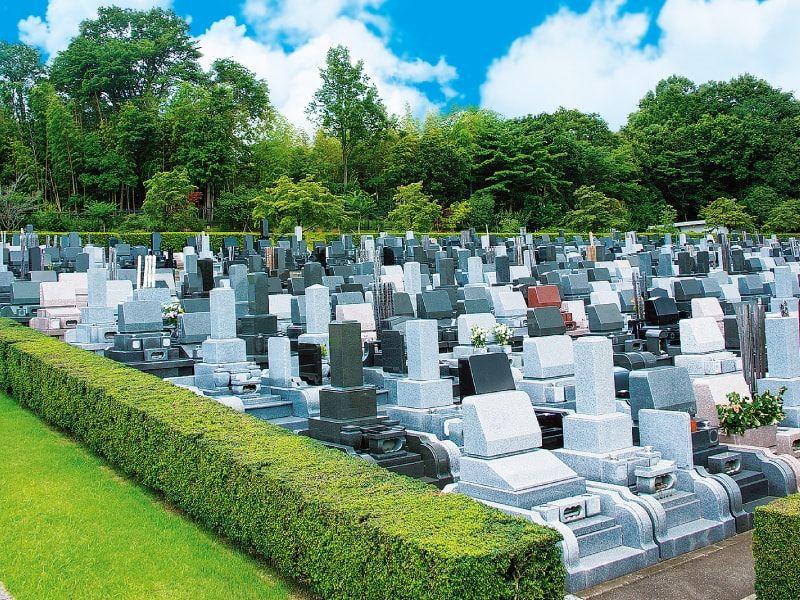 東京多摩霊園 背中合わせにお墓が建たない墓域