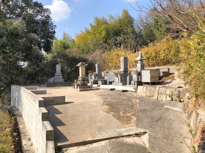 玉野市営 槌ケ原論田野山下墓地