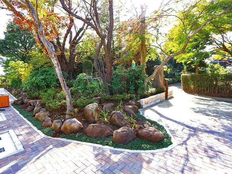 川口 緑の霊園 安行彩樹園地