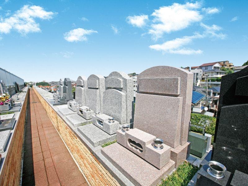 横浜中央霊園 「テラス型墓所」