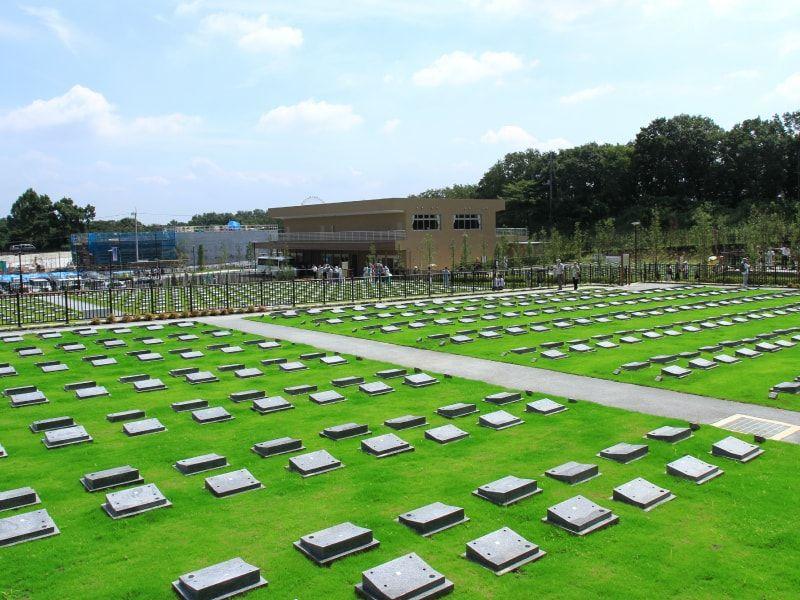 公営 稲城・府中メモリアルパーク 芝上墓地