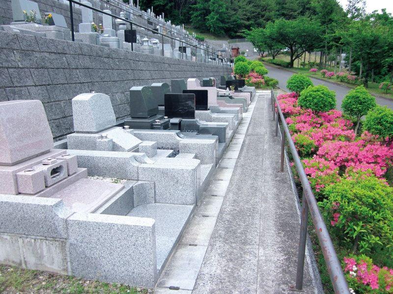 大多摩霊園 手入れが行き届いた墓域