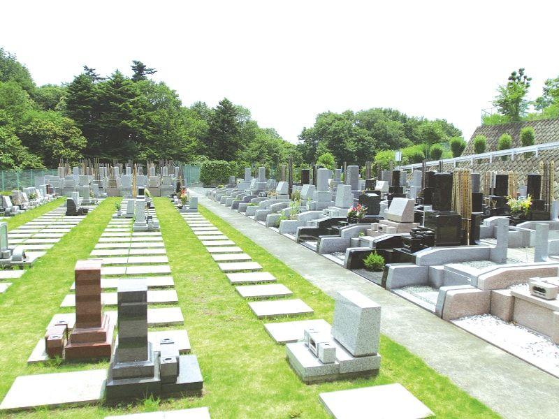 萩霊園 芝生が美しい墓域