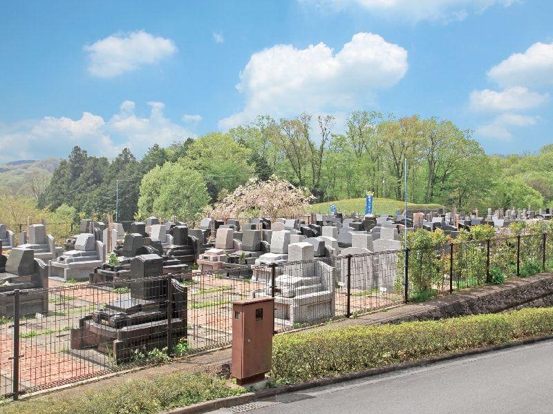 武蔵岡霊園 自然豊かな霊園風景