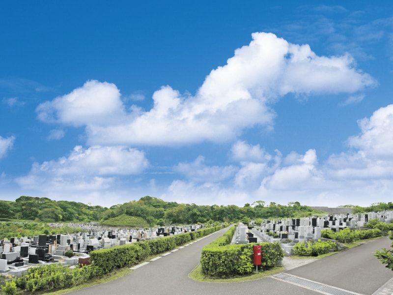 神奈川県屈指の規模を誇る三浦霊園