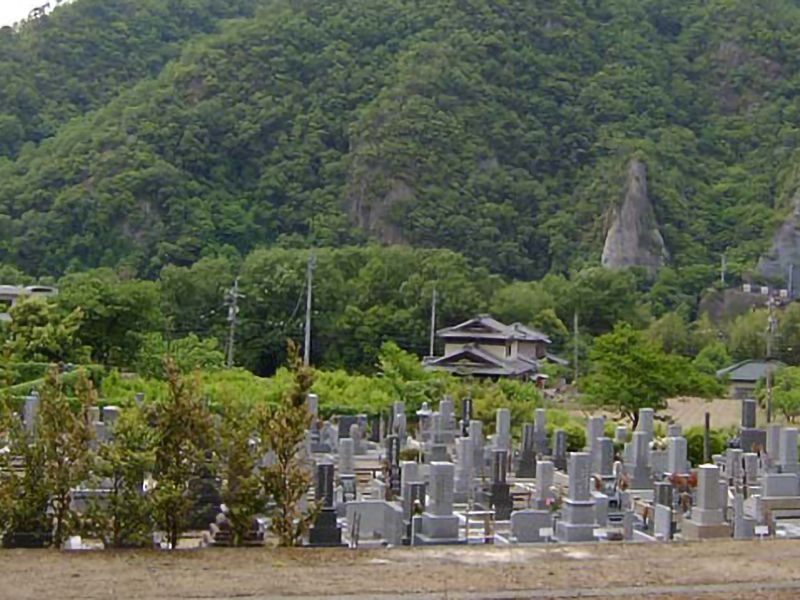 大泉寺墓苑