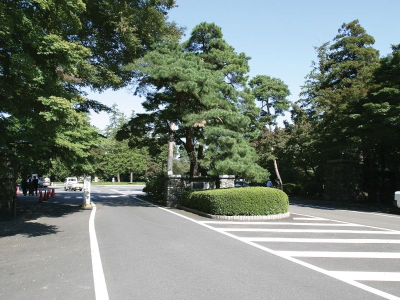 八柱霊園の入口