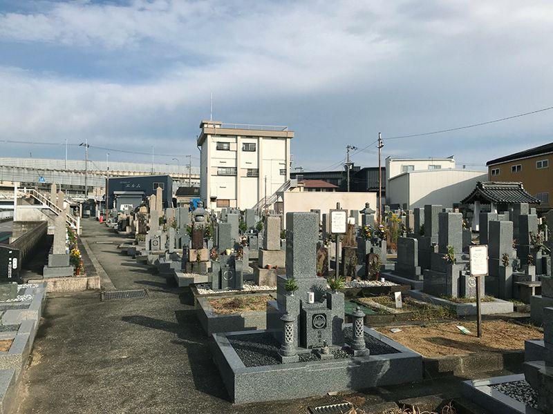 大堀共同墓地