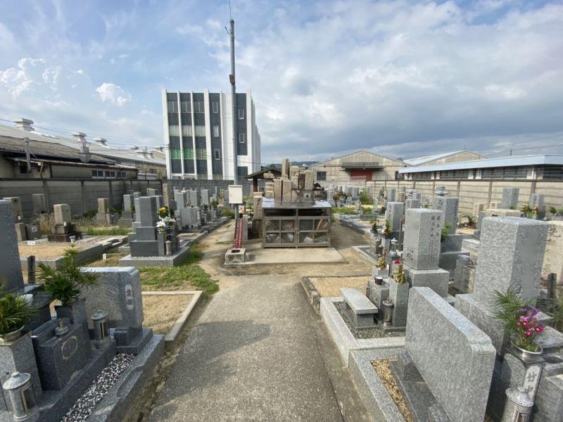 国府惣社墓地