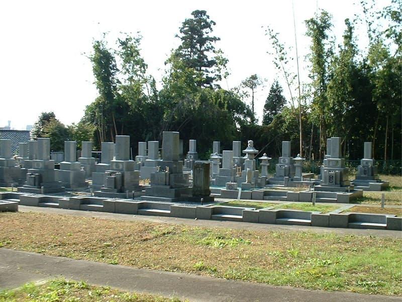 最勝寺墓苑の雰囲気