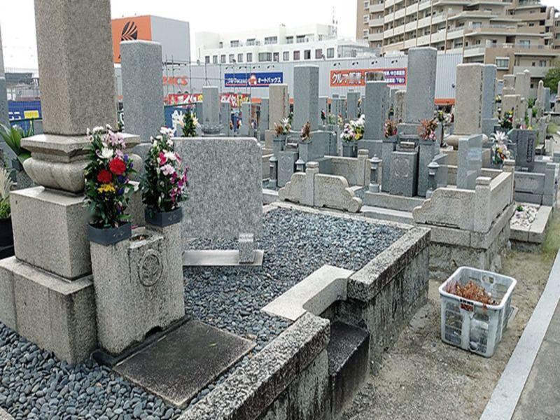 坪井共同墓地
