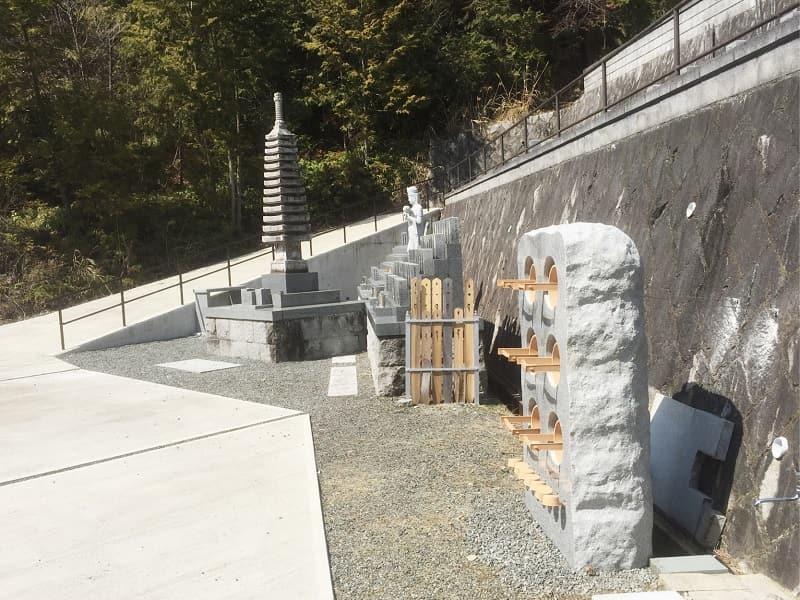 苗秀寺墓苑の設備