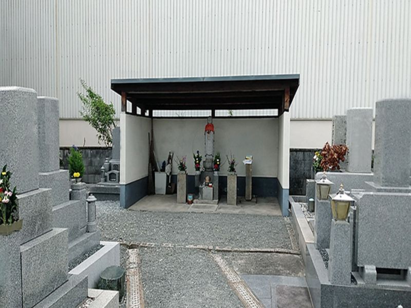 鳥飼西墓地