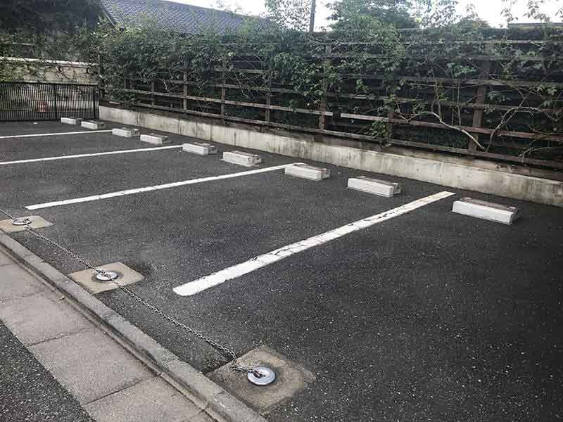 練馬ねむの木ガーデン駐車場