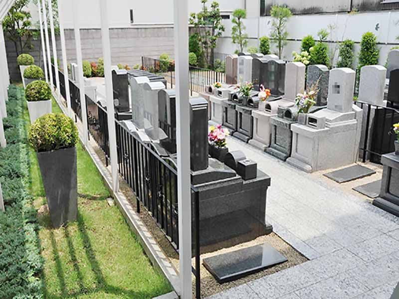 川口元郷聖地 平坦でどなたでも安心してお参りできる墓域