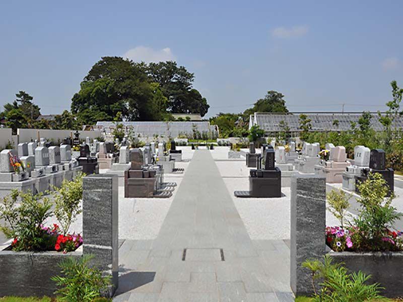 久喜清久霊園 園内はバリアフリー設計
