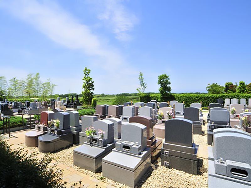 西上尾メモリアルガーデン 墓石建墓例