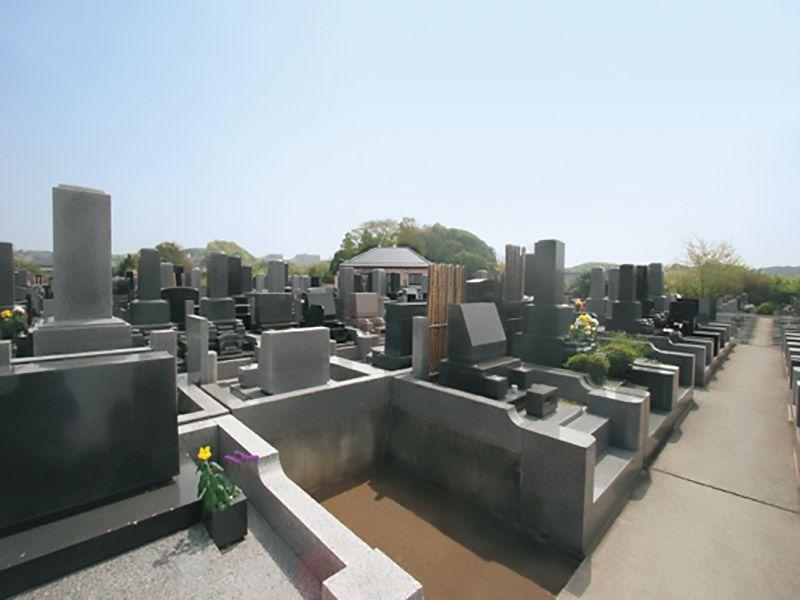 戸塚長沼霊苑 和式洋式混在の墓域