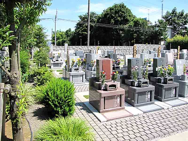 久喜聖地公苑 温かい雰囲気の墓域